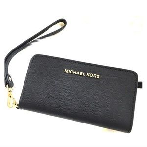 Michael Kors iPhone Wristlet
